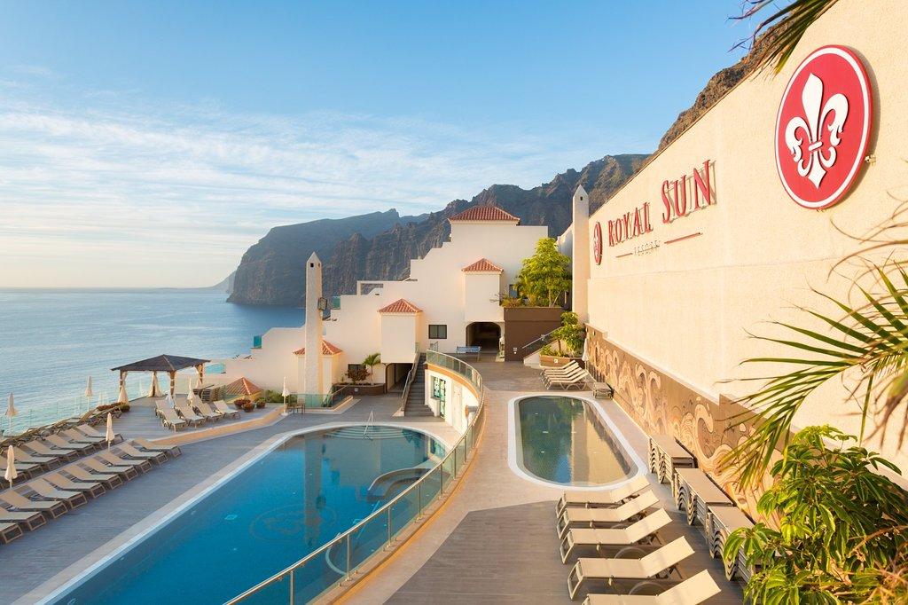 ALOJARSE EN HOTELES DE ISLA LA GOMERA